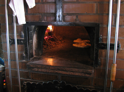jedi iz krušne  peči